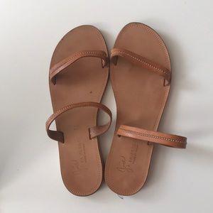 Joie 39.5 two band sandal leather tan metallic
